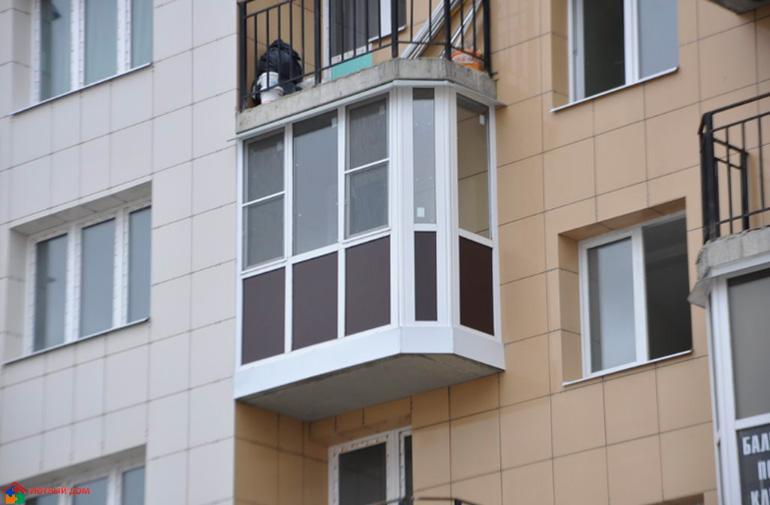 03-balkon